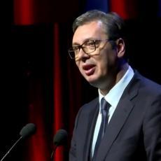 Napadaju Vučića zato što NEĆE DA ĆUTI i nastavlja da se BORI ZA SRBE: Đurić o BEZOBZIRNIM UDARIMA na predsednika