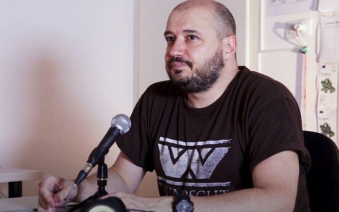 Uhapšen jedan napadač na voditelja Daška Milinovića, za drugim se traga - policija ima saznanja i o naručiocima