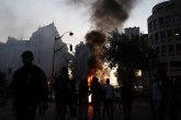 Nasilje na ulicamau Pariza: Masovni izliv besa i destrukcije, policija korisitila suzavac FOTO