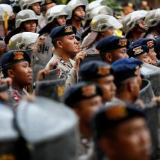 Nasilje u Mjanmaru ne prestaje: Islamski ekstremisti napadaju, vojska surovo uzvraća!