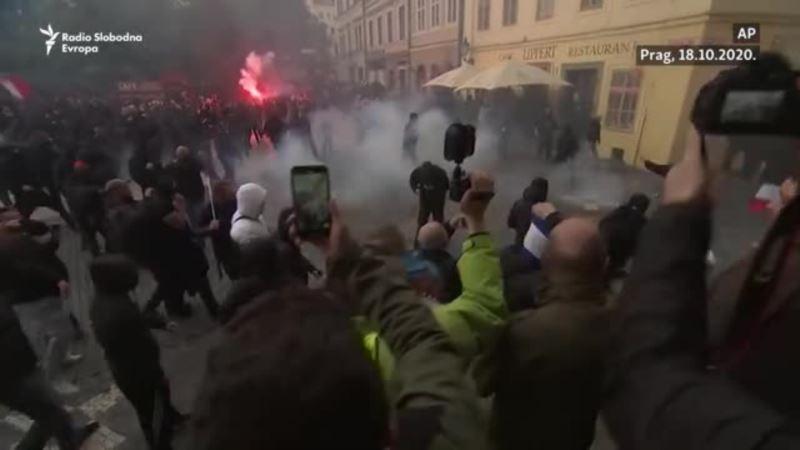 Najmanje 20 povrijeđenih u sukobu policije i demonstranata u Pragu