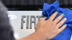 Nastavljen generalni štrajk u fabrici Fijat Plastik koja proizvodi branike za vozila 500L