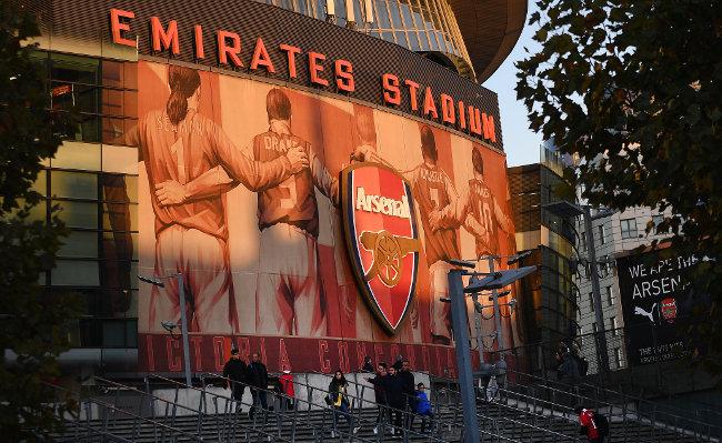 Navijači Arsenala u eforiji, stigao kraljević direktno iz Madrida!