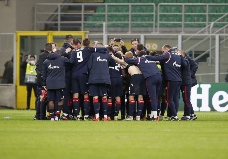 Navijači dočekali fudbalere Zvezde (VIDEO)