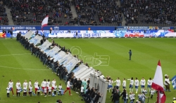 Navijači srušili Berlinski zid na Olimpijskom stadionu