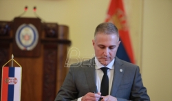 Nebojša Stefanović najavio tužbe protiv tabloida koji ga povezuju sa zaverom protiv Vučića
