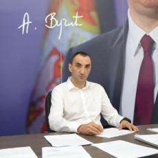 Nebojša Zelenović konačno priznao da je na strani mafije Oglasio se Malović o lažnim navodima bivšeg gradonačelnika Šapca