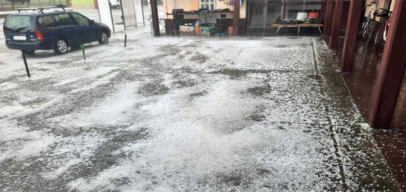 Nedimović: Brzom reakcijom protivgradnih centara sprečena veća šteta od grada