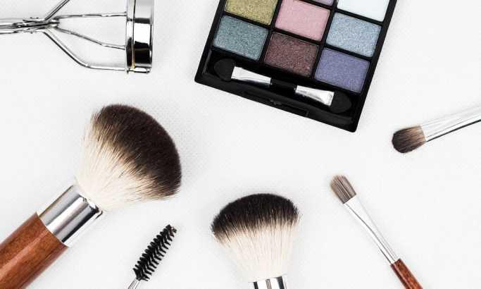 Nega lica - samokontrola u šminkanju