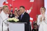 Neizvesni izbori u Poljskoj, oba kandidata proglasila pobedu