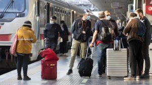 Nejasnoće oko pravila putovanja doprinose još jednoj lošoj sezoni za turističku industriju