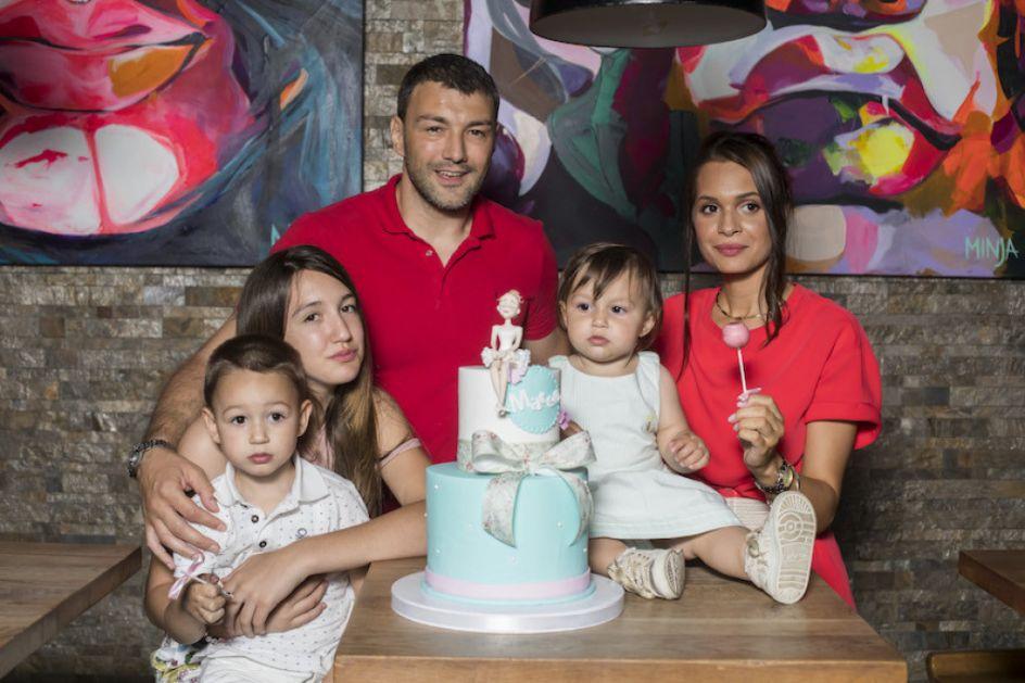 Nekada momački stan, sada porodični dom: Ovde živi rukometaš Vlada Mandić, a jedan detalj je posebno zanimljiv! (FOTO)