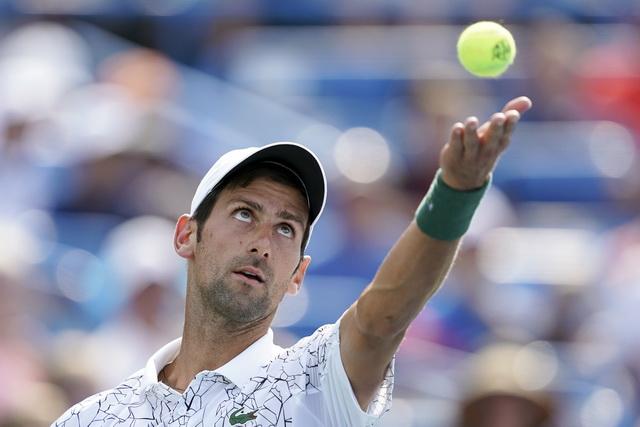 Nekadašnji broj 1 oštro o Novakovim problemima! (foto)