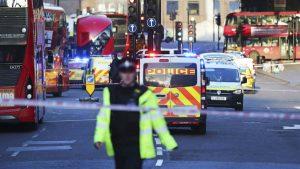 Napad nožem u Londonu proglašen za teroristički, napadač ubijen