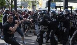 Nemačka Vlada oštro kritikivala napade na novinare i policiju tokom protesta