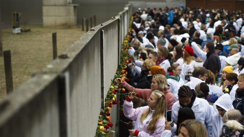 Nemačka proslavila tri decenije od pada Berlinskog zida
