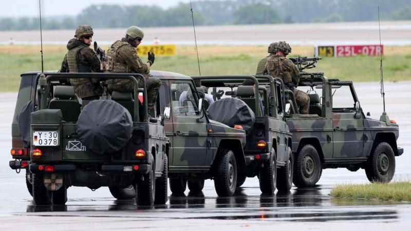 Nemačka ministarka odbrane povukla ceo vod iz Litvanije  posle optužbi za rasizam