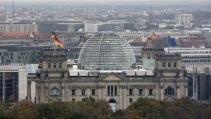 Nemačka pomaže privredu sa 1.100 milijardi evra