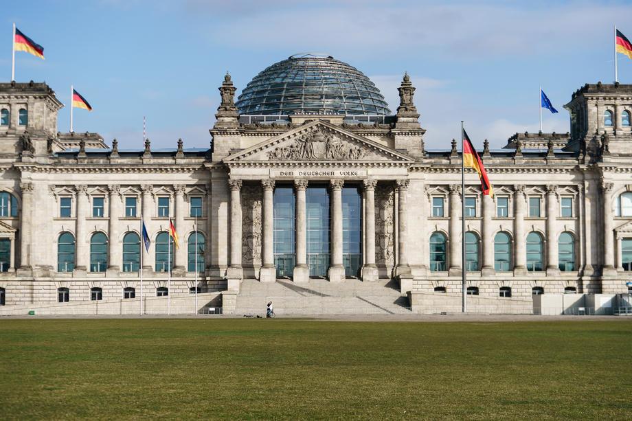 Nemačka u predvorju policijskog časa