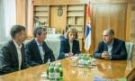 Nemački stručnjaci za retke bolesti posetili Srbiju i sastali se sa Lončarom