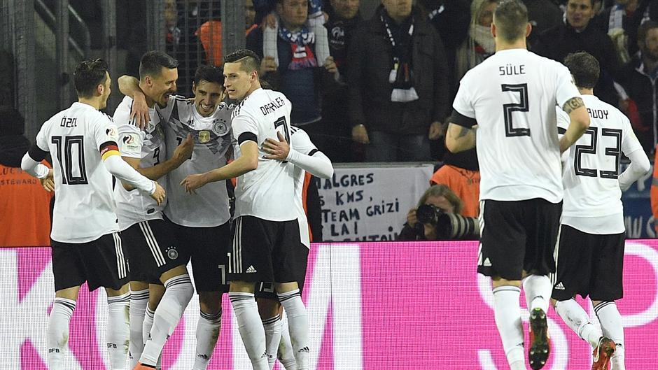 Nemci - do poslednjeg zvižduka i kad nije važno!