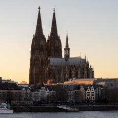 Nemci se odrekli Boga: Plaćaju da napuste crkvu, izgubili su pola miliona vernika