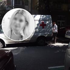Nemile scene ispred zgrade u kojoj se ubila doktorka sa Vračara: Suze i jauci dok odvoze Violetu (VIDEO)