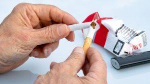 Neobične metode za odvikavanje od pušenja: Od tuširanja do držanja štipaljke