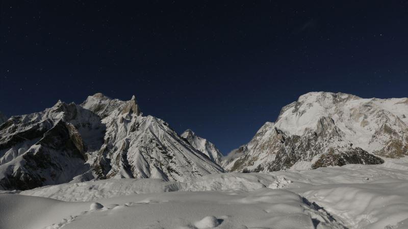 Nepalski alpinisti osvojili K2, prvi put zimi