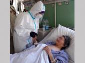 Nepoznati napadači  kockama sa ulice gađali prozor dvoje lekara u Vranju