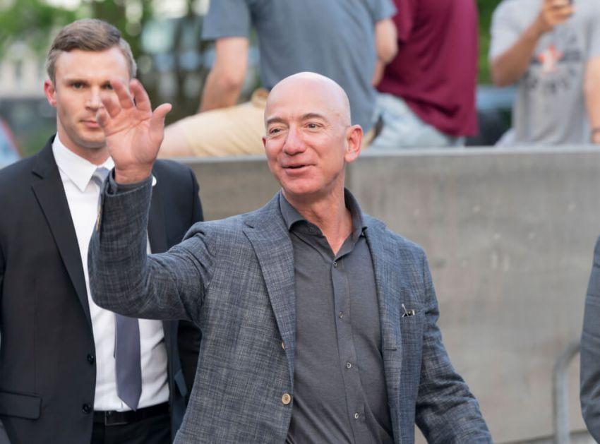 Nepoznato o najpoznatijem milijarderu – 7 zanimljivih činjenica o Džefu Bezosu