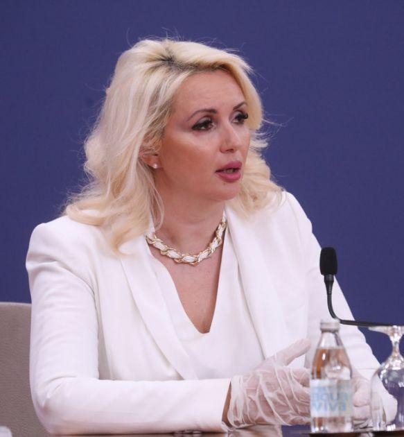 Neprimereni komentari na račun doktorke Darije Tepavčević Kisić