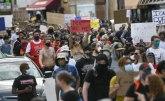 Sukobi na ulicama SAD zbog smrti Afroamerikanca kojem je policajac kolenom pritiskao vrat VIDEO/FOTO