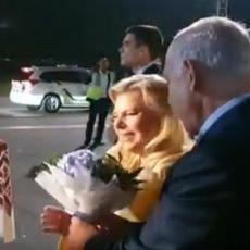 Neshvatiljiv gest prilikom posete Ukrajini: Supruga nije htela da pojede hleb i so! (VIDEO)