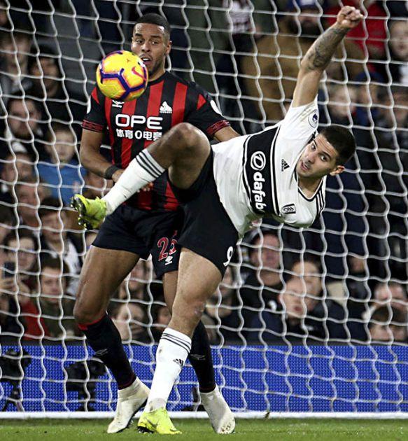 Nesreća, Fulam izgubio 2:1, a Barnli nije šutnuo u okvir gola! (foto)