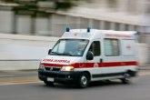 Nesreća na starom putu BG-NS, vatrogasci izvlačili vozača iz olupine