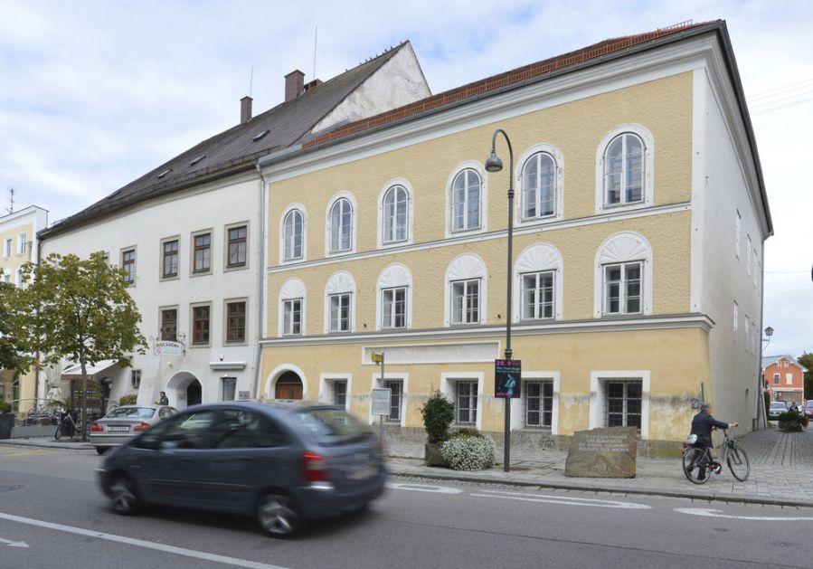 Hitlerova rodna kuća neutralizacijom postaje - policijska stanica