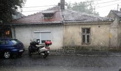 Nevreme u Crnoj Gori: Grad veličine lešnika, vetar lomio grane, temperatura niža 10 stepeni