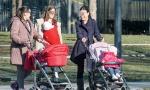 Nije dovoljno što im primanja ležu redovno, već im traže i da donesu dodatne potvrde: Nevolje žena sa bankama dok su na porodiljskom odsustvu