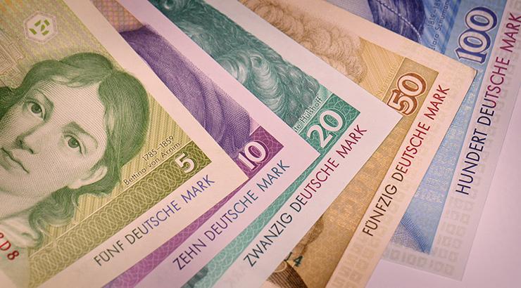 Nijemci još čuvaju više od 12 milijardi njemačkih maraka