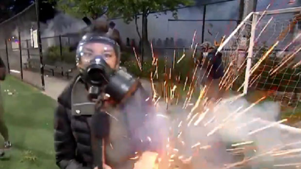 Nikada više zabeleženih napada na novinare u SAD, zabrinjava brutalnost policije