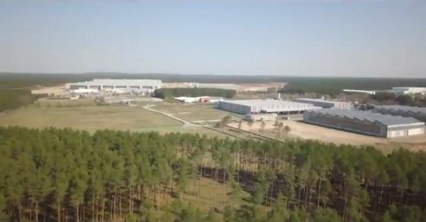 Niko ne zna kada će ogromna Tesla fabrika u Nemačkoj biti otvorena