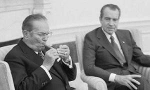 Tito je zapalio tompus, a Nikson mu rekao da je pušenje zabranjeno... O odgovoru predsednika SFRJ još se priča! (VIDEO)
