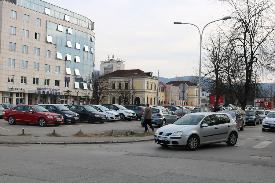 """Ništa od Stanivukovićevih rješenja za zemljište """"Stare autobuske stanice"""""""