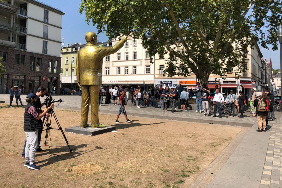 Njemačka: U gradu Wiesbaden postavljen kip predsjednika Erdogana