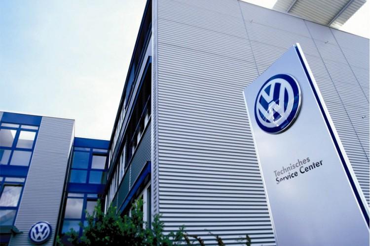 Njemačka autoindustrija dobila pomoć pa dijeli dividendu