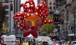 Njujorška parada na Dan zahvalnosti se održava u uslovima pandemije(VIDEO)