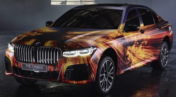No comment: BMW 745Le Art Car