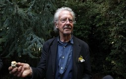 Nobelov komitet: Handke nije glorifikovao krvoproliće