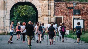 Nordijsko hodanje sve popularnije, godine nisu prepreka